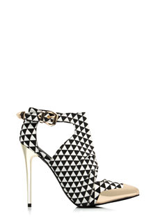 Try Triangles Cut-Out Booties